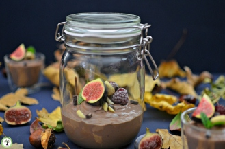 Mousse au chocolat végétalienne, sans œufs ni produit laitiers.